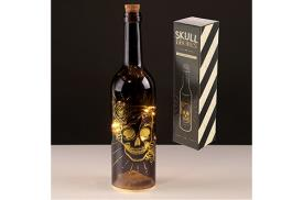 HALLOWEEN | BOTELLA NEGRA DECORATIVA CON LUCES LED CON CALAVERA DORADA