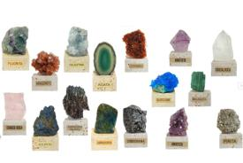 MINERALES Y GEMAS | MINERAL EN BASE TRAVERTINO